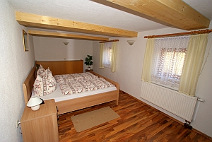 objekt05. Black Bedroom Furniture Sets. Home Design Ideas