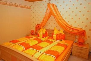 objekt04. Black Bedroom Furniture Sets. Home Design Ideas